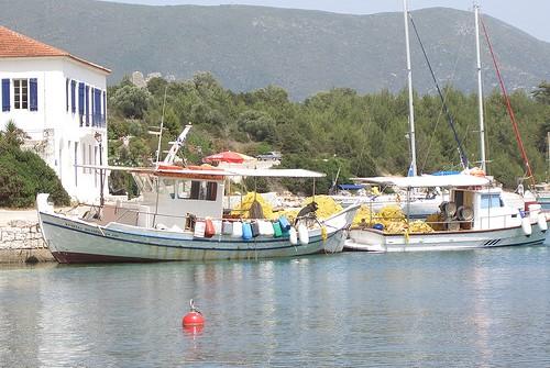 Υπουργική Απόφαση περί καθορισμού ορών & διαδικασιών για την έγκριση αδειών αλίευσης σε αλιευτικά σκάφη