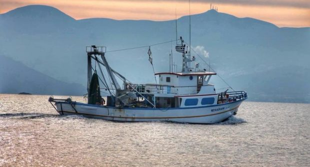 Την ένταξη περισσότερων αλιέων στο μέτρο της απόσυρσης  αλιευτικών σκαφών επιδιώκει το ΥΠΑΑΤ